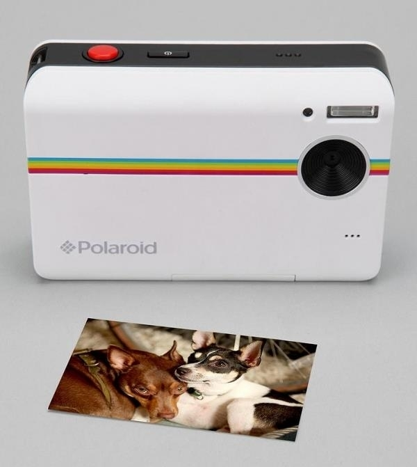 7 perfect gift ideas for teenagers that will make them scream with polaroid camera negle Image collections
