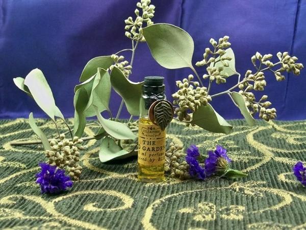 Homemade Eau De Perfume – Midnight Garden