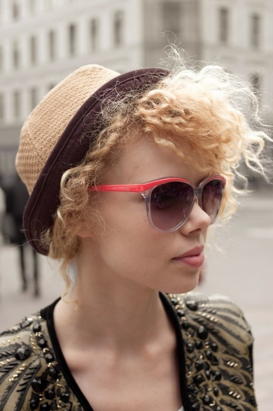 eyewear, clothing, hair, blond, sunglasses,