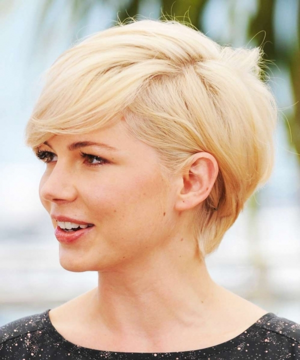 Magnificent 7 Hairstyle Dos And Don39Ts For Round Faces Hair Short Hairstyles Gunalazisus