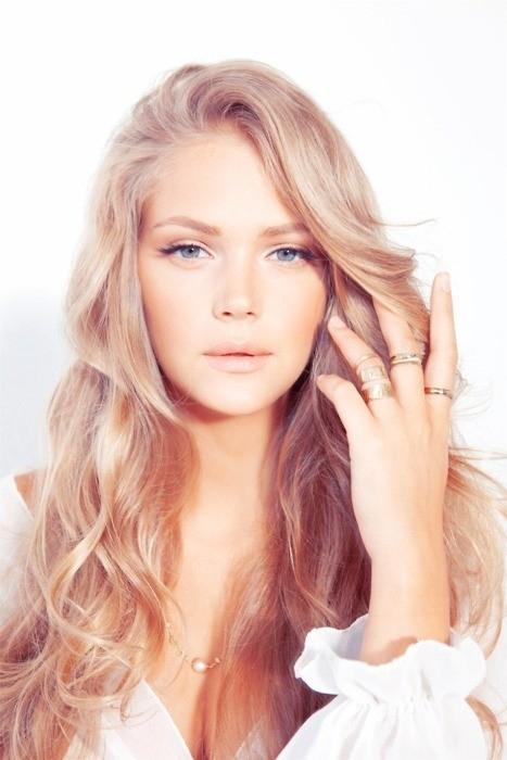 hair, blond, hairstyle, woman, bangs,