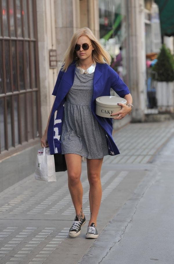 clothing, sneakers, footwear, snapshot, denim,