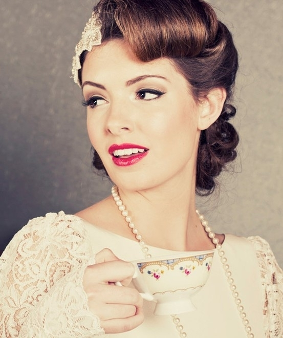 Classic Wedding Hair And Makeup : Vintage Hair - 13 Classic Makeup Looks to Rock ... Beauty
