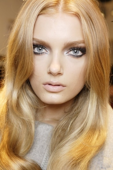 Pay Attention to Your Eye Color - 7 Makeup Tips for Blondes to…