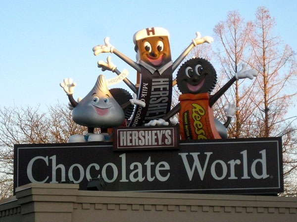 Pig out at Hershey's Chocolate World