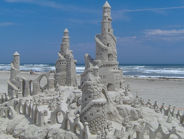 Build a Structure at Texas Sandfest