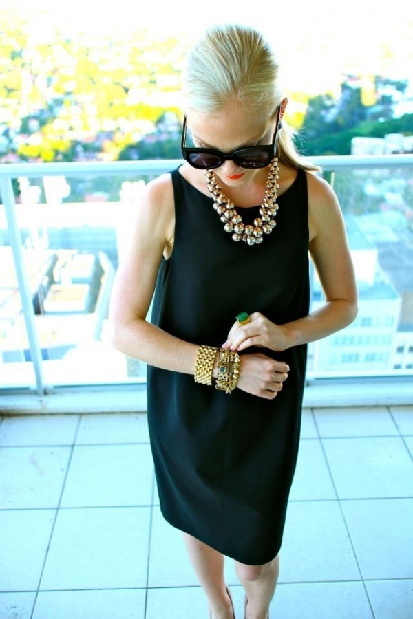 7 ways to wear a black dress that will get you noticed for Jewelry accessories for black dress