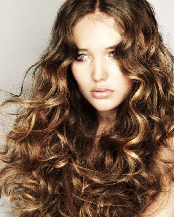 Fabulous 7 Super Cute Curly Hairstyles For Fall That You39Ve Got To Try Short Hairstyles Gunalazisus