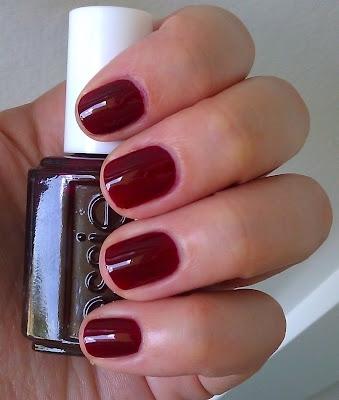 2 sang de boeuf 7 tendances vernis ongles de couleurs - Couleur rouge sang de boeuf ...