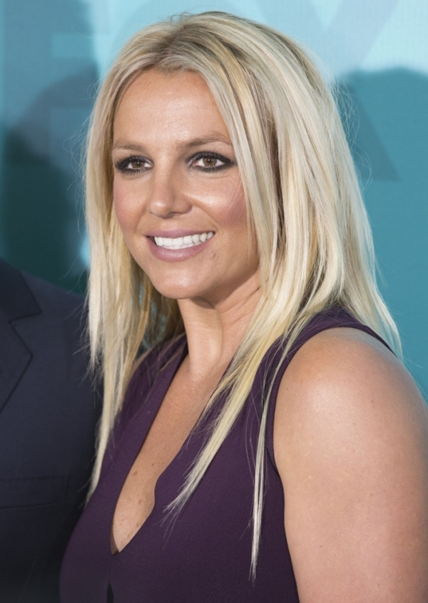 Britney Spears And Her Bad Extensions 9 Worst Hairstyles