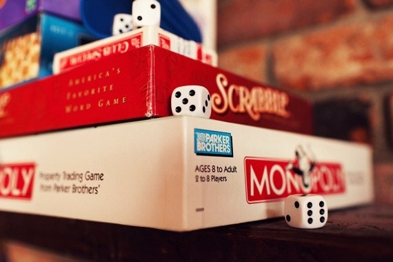 how to plan a game night party