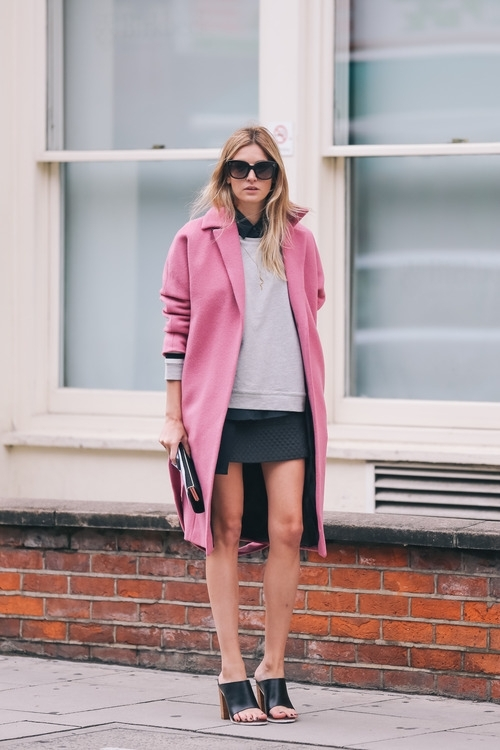 9 Street Style Ways to Wear Pink Coats for Fall ... → 🎒…