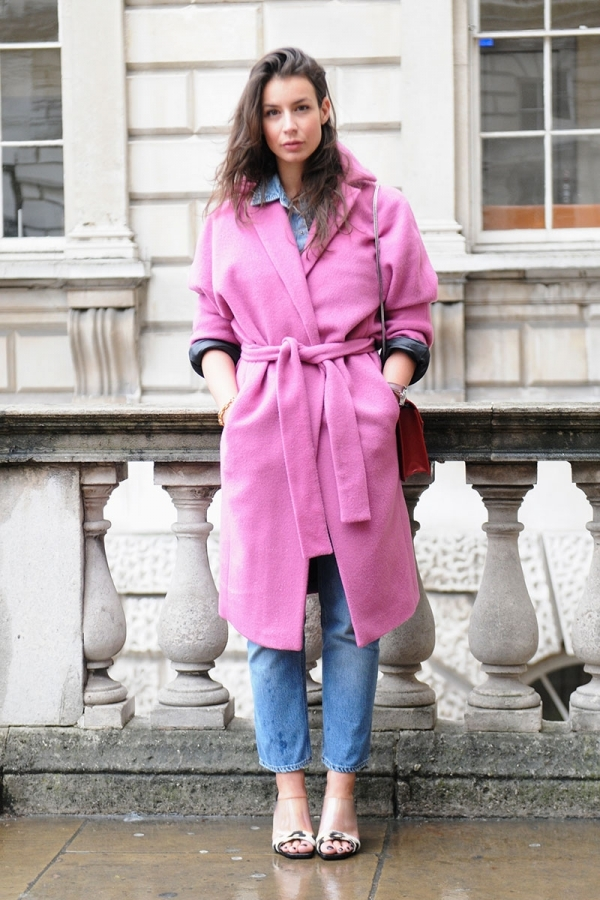 Cinched Pink Coat - 9 Street Style Ways to Wear Pink Coats for…