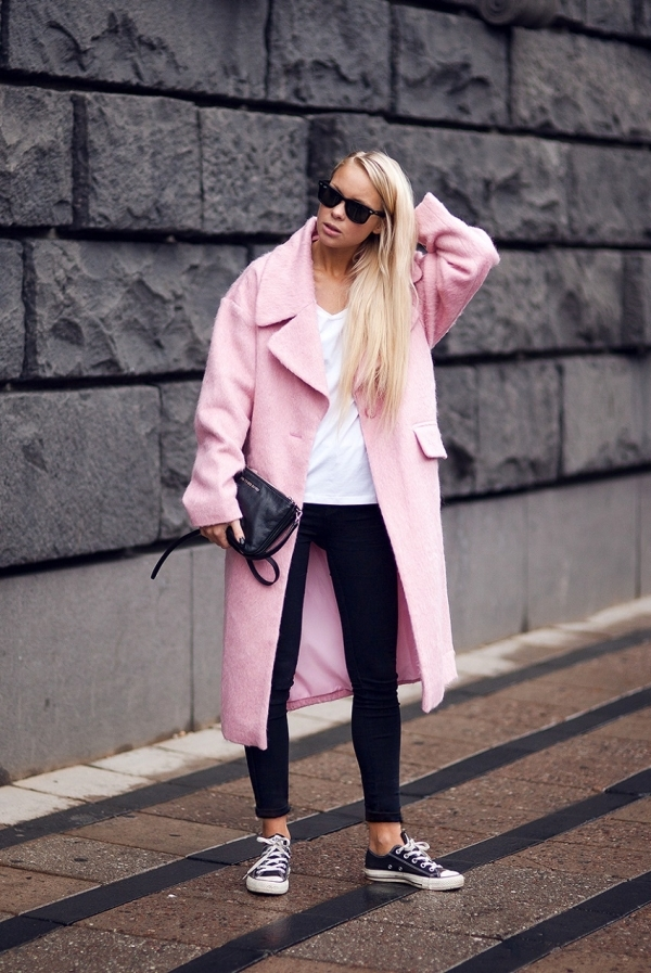 Pastel Pink Coat - 9 Street Style Ways to Wear Pink Coats for Fall…