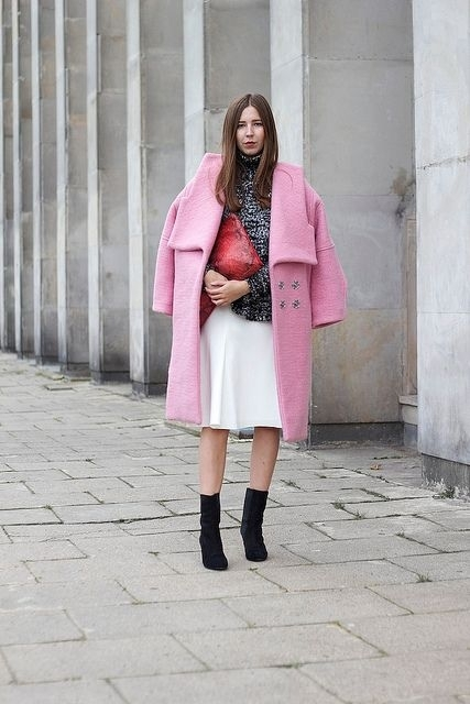 Oversized Pink Coat - 9 Street Style Ways to Wear Pink Coats for…
