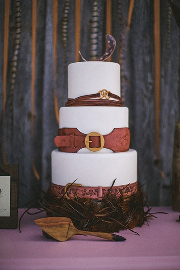 The Feathered Detail On This Rustic Wedding Cake Tops Off Theme And Just Completes Look So Well I Love How Inside Layer Is A Clean White