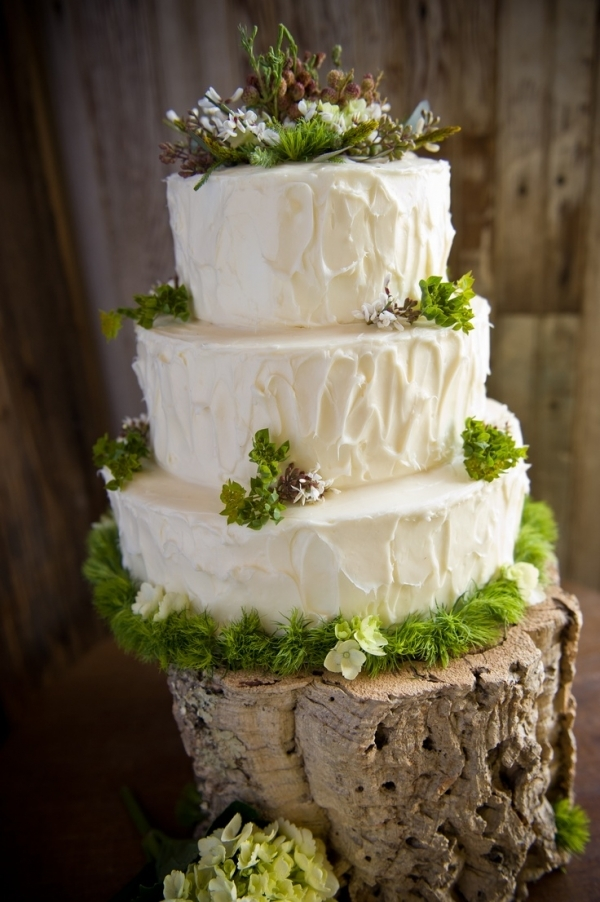 Woodland Rustic Wedding Cake 23 Cakes To