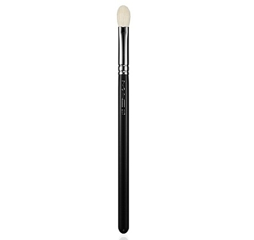 IT Brushes For ULTA Airbrush All-Over Shadow Brush #119