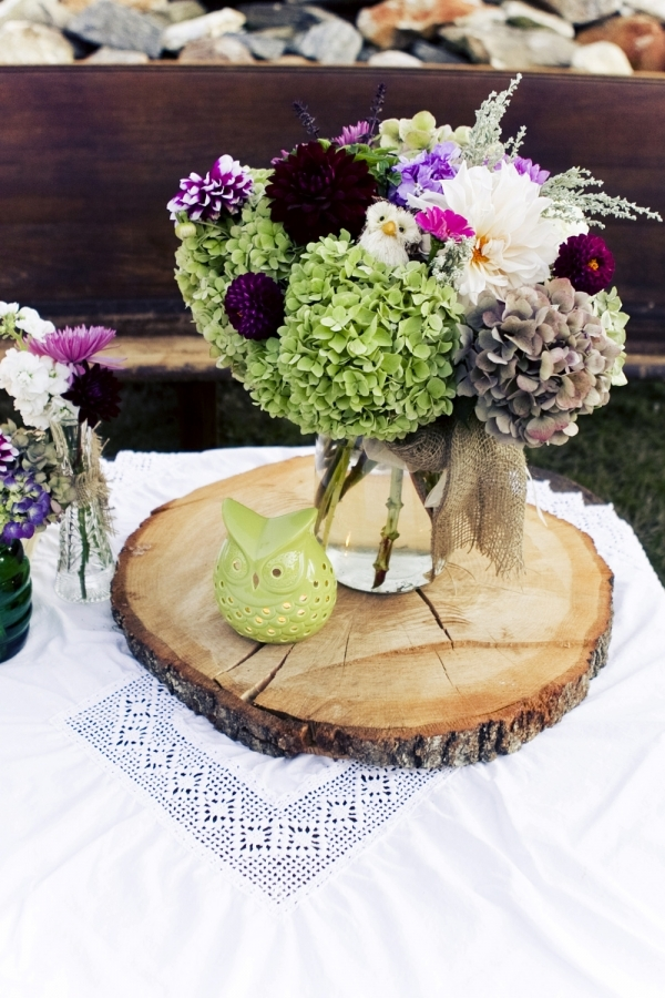 Country Wedding Centerpiece Decorations : Rustic wedding centerpiece ideas