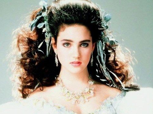Sarah (Labyrinth) - 9 80's Film Characters We Would Love ... Labyrinth 1986 Sarah