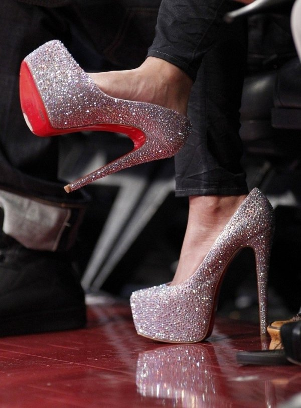 Heels : Different types of shoes | The Intimate Fashion