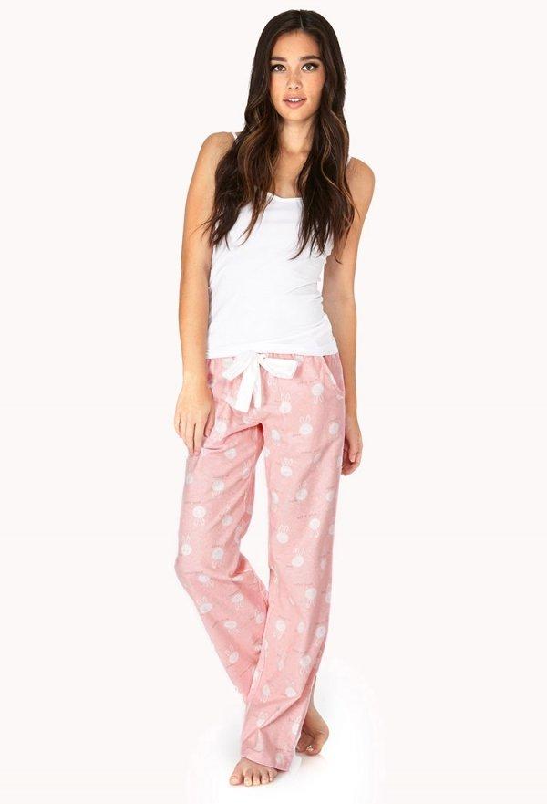 7 Comfy Pajamas to Lounge around in ... → 👗 Fashion