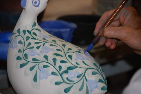 paint some pottery 27 fun first date ideas love