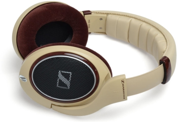 44 high end headphones 45 best gifts for men your for High end gifts for women