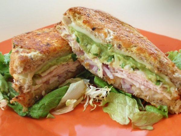 Roasted Turkey on Whole Wheat Bread with Avocado Slices