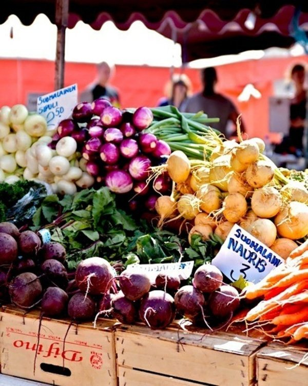 Indoor and Outdoor Farmers Markets
