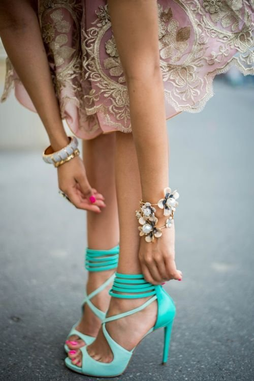 footwear,clothing,pink,leg,fashion,