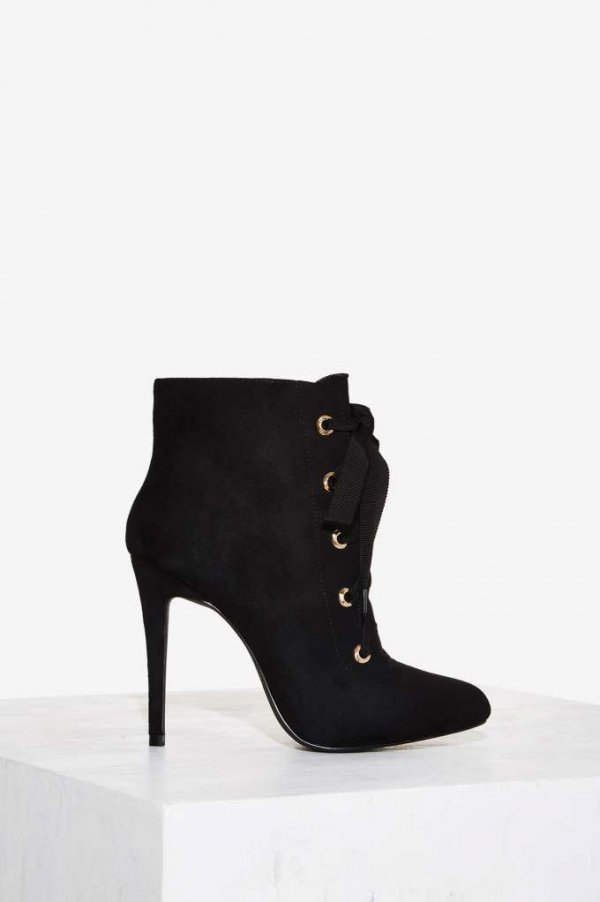 footwear, black, leather, boot, high heeled footwear,