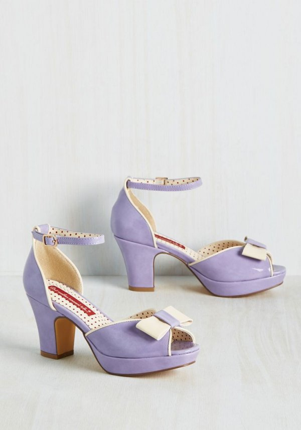 Bowed and Boating Heel in Lavender