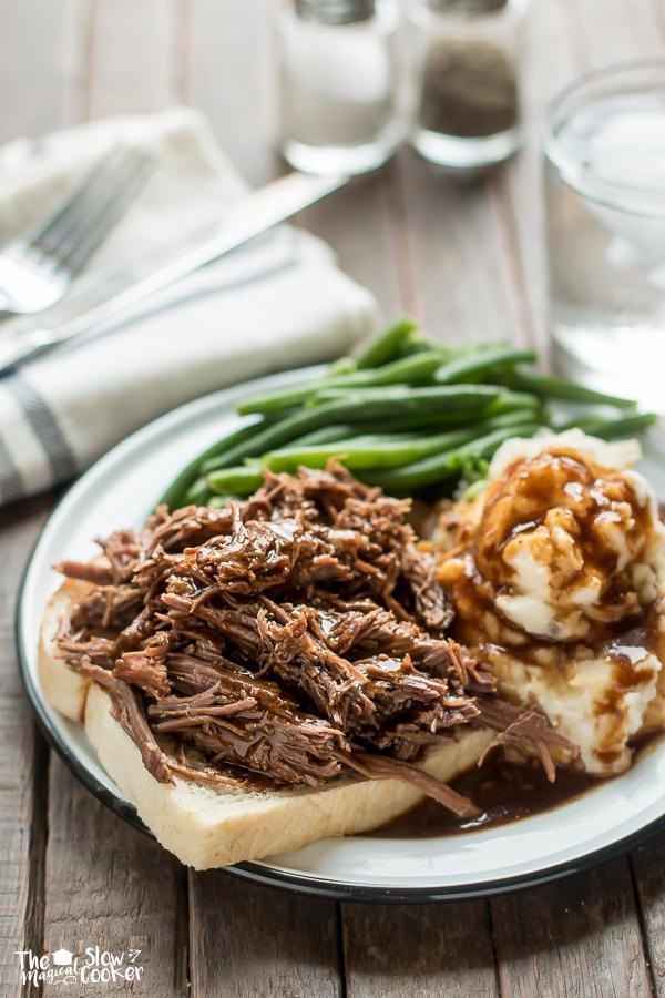 Slow Cooker Hot Roast Beef Sandwiches