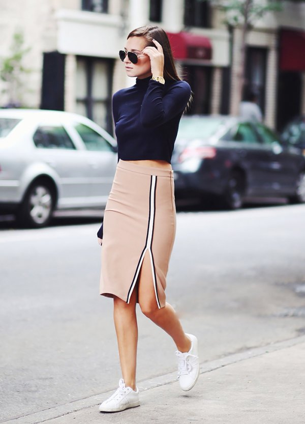 Ready for a Lunch Date: Pencil Skirt and Turtle Neck Top