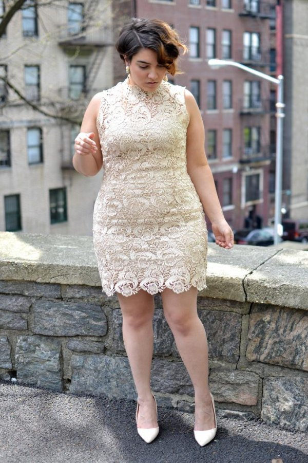 Cream Lace Dress - These Lovely Lace Outfits Scream Spring! …