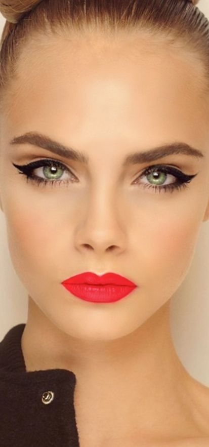 8. The Cat Eye Look - Clever Eye Makeup Tips To Go With Red Lipsticku2026