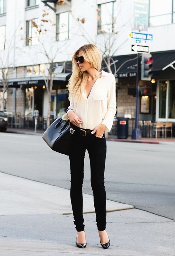 2. Black Skinny Jeans - 7 Go to Pieces You Need in Your Wardrobe for…
