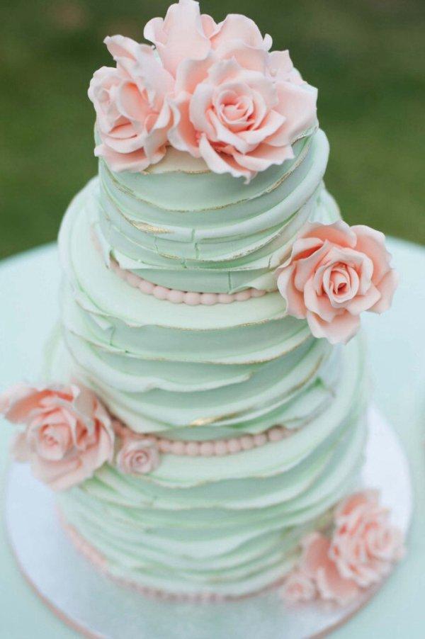 wedding cake,pink,buttercream,food,cake,