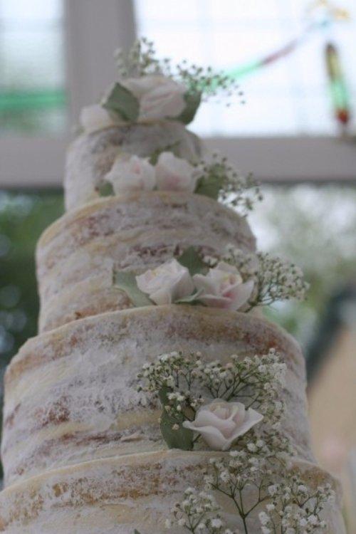 wedding cake,flower arranging,flower,floristry,floral design,
