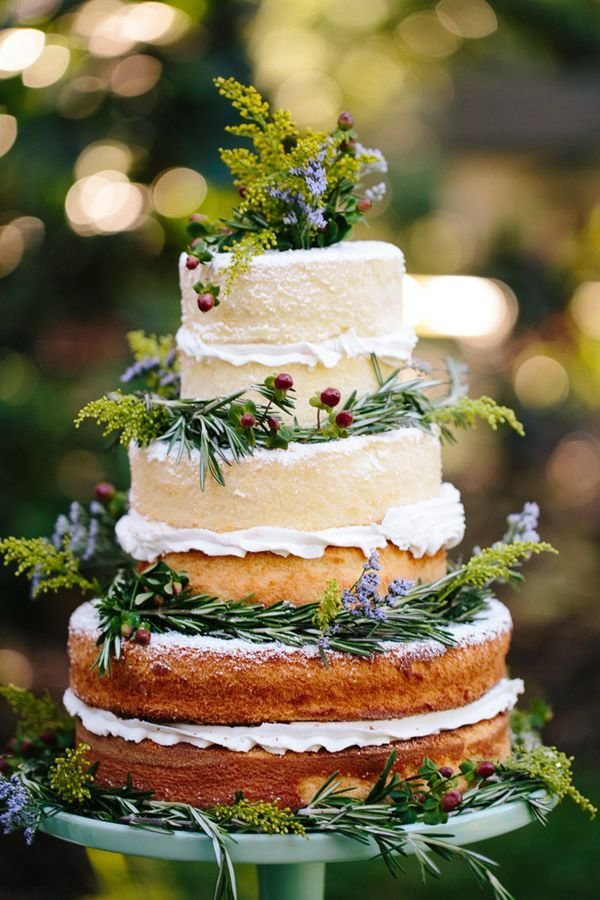 wedding cake,food,buttercream,icing,produce,