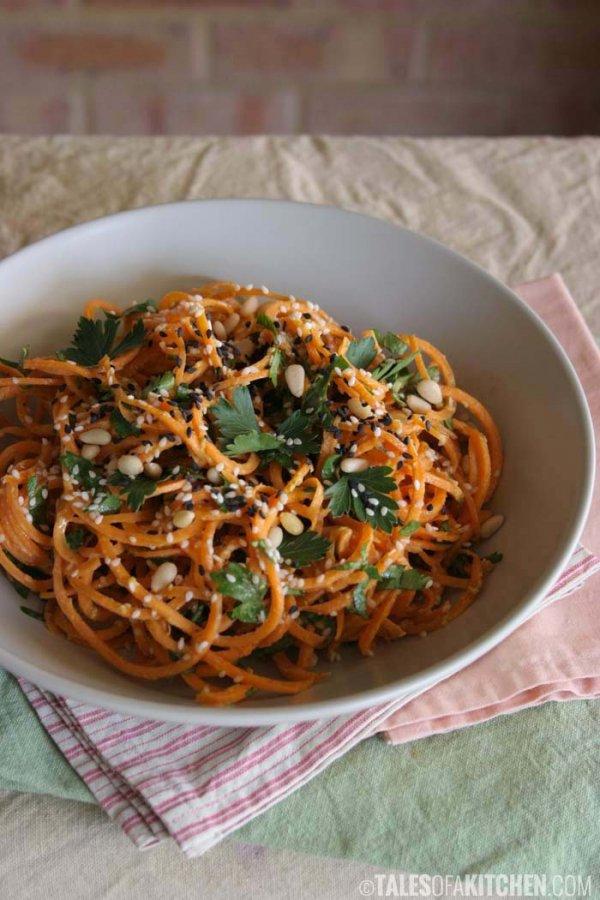 Carrot Pasta with a Creamy Zesty Garlic Sauce