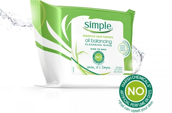 SIMPLE SKINCARE OIL BALANCING CLEANSING WIPES