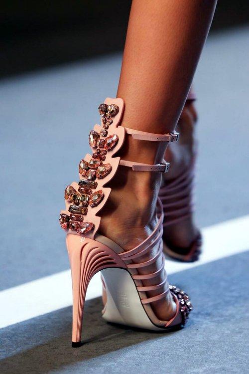 footwear,high heeled footwear,leg,spring,fashion,