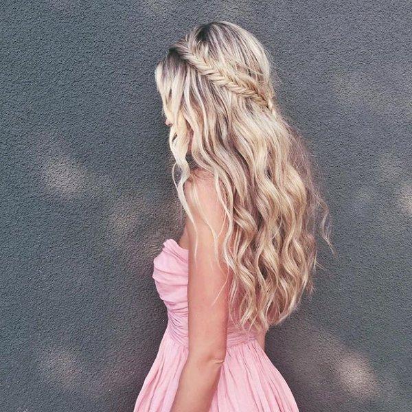 hair, blond, hairstyle, long hair, bangs,