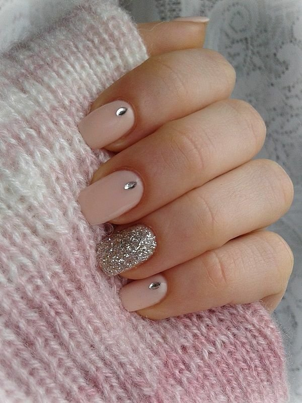 Bling bling 21 sparkling ideas for using rhinestones on your nails keep it simple nail prinsesfo Gallery