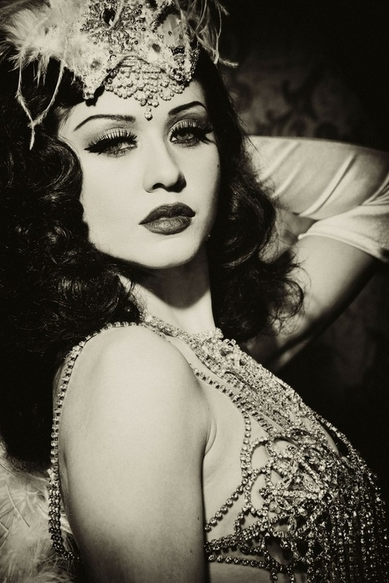 self confidence booster   7 reasons to try burlesque