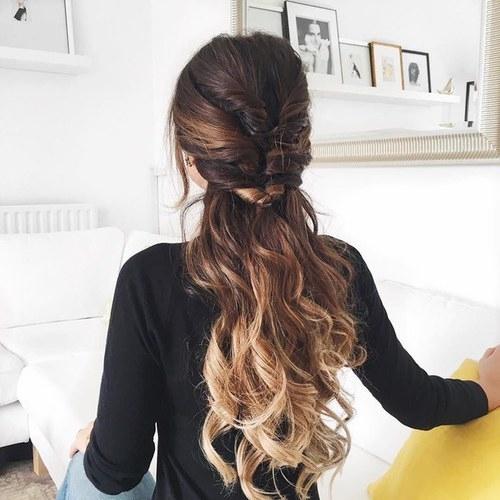 hair,hairstyle,long hair,brown hair,black hair,