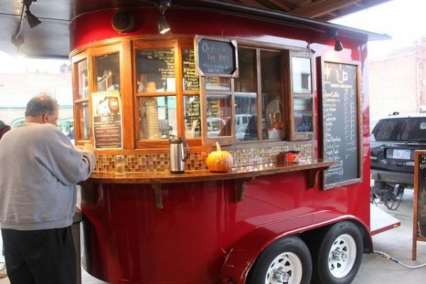 Fancy Diner Via Michigan Food Truck