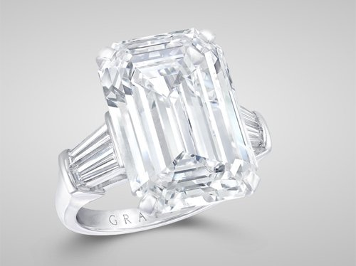 Graff Emerald-Cut Ring